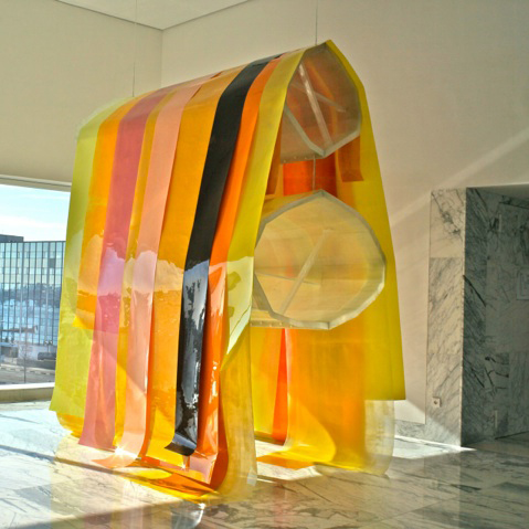 Ad de Jong - Dyneema lijnen voor installatie kunstwerk (foto door Ad de Jong)